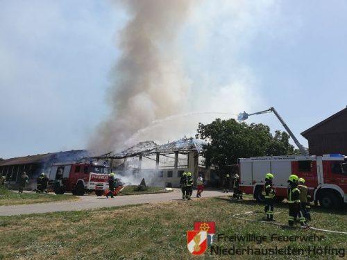 Großbrand auf einem landwirtschaftlichen Betrieb