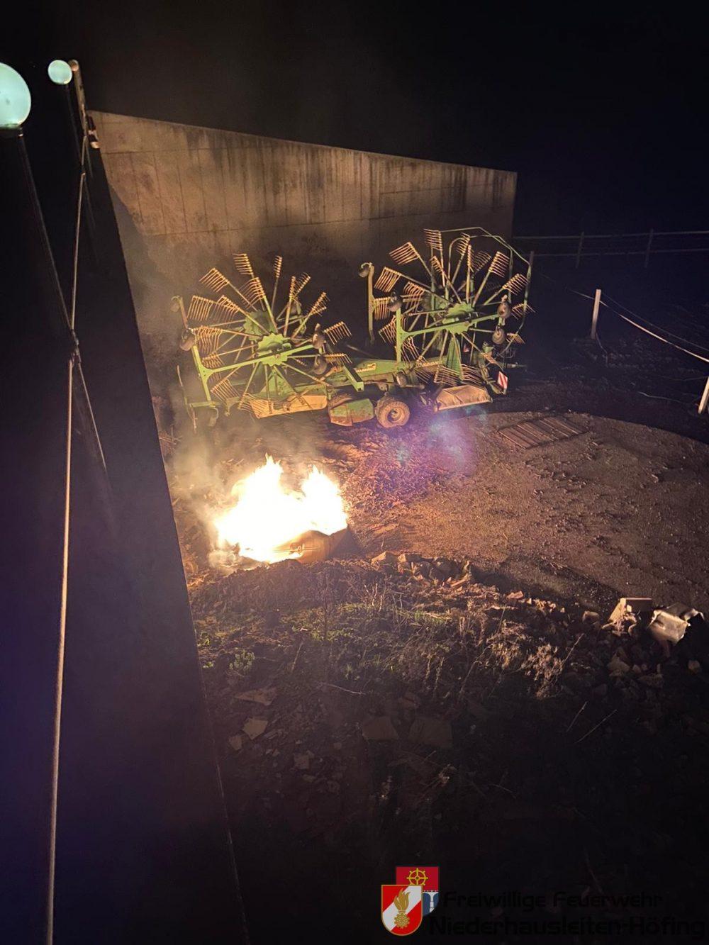 Brandverdacht eines Landwirtschaftlichen Objektes mit Pferdestall