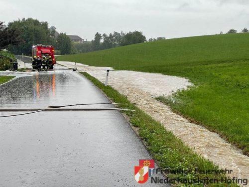 Starkregen führte zu Auspumparbeiten im Einsatzgebiet